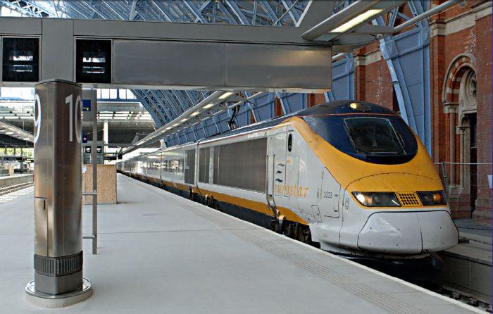 Inaugural train at St Pancras
