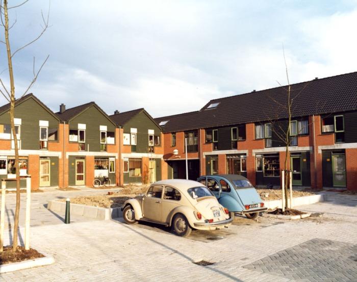 Nieuwbouw Sterrenburg III Dordrecht 1975 De Jong van Olphen Bax