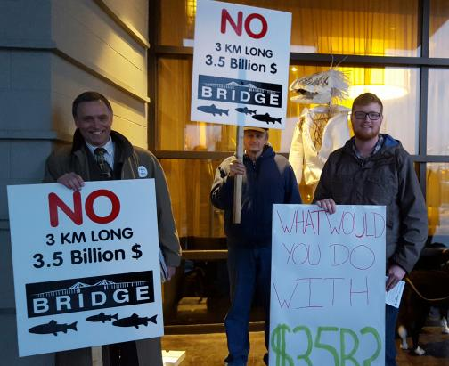 MasseyBridge_protest_Jan2016